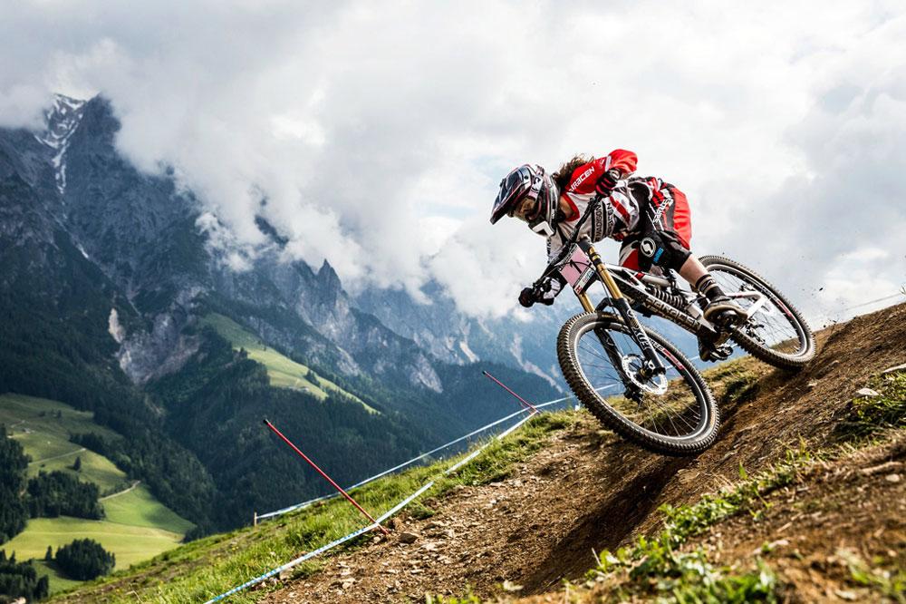Vélo de descente : quels accessoires avoir ?